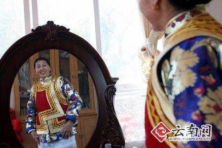 藏族妇女卓玛:做自己的服装设计师